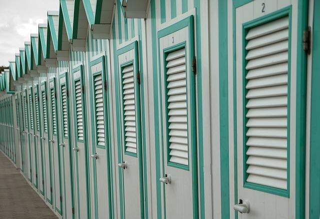 kabiny na převlékání